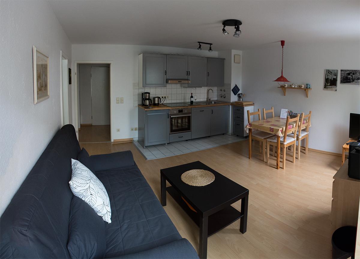 Messewohnung bilder for Panoramabilder wohnzimmer